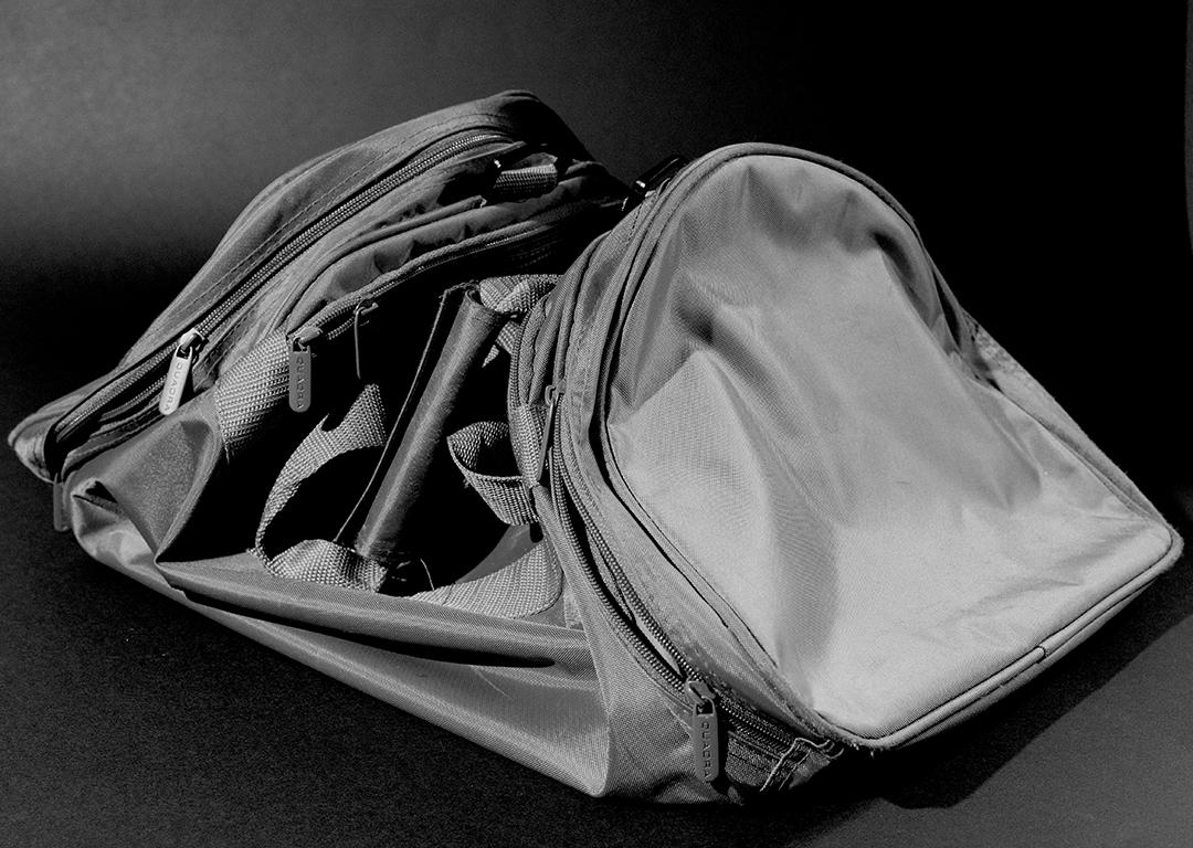 07-evidence-sports_bag